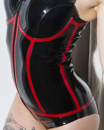 Glued Latex Mystic Black and Red Body