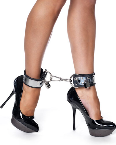 Lockable Leather Footcuffs with Metall and Padlocks